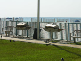 Surfside Shores grilling area