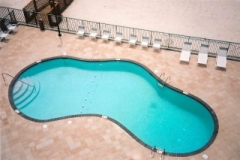 Surfside Shores outdoor pool